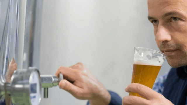Fast Analysis of Beer Aroma with GC-PTR-MS